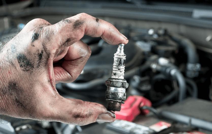 Как поменять свечи в машине